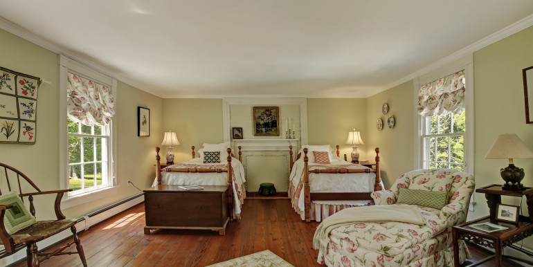 5636 Hopewell Rd New Kent VA-print-021-Bedroom-4200x2800-300dpi - Copy