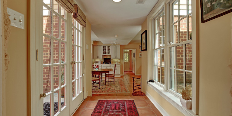 5636 Hopewell Rd New Kent VA-print-043-Breezeway to Kitchen-4200x2800-300dpi - Copy