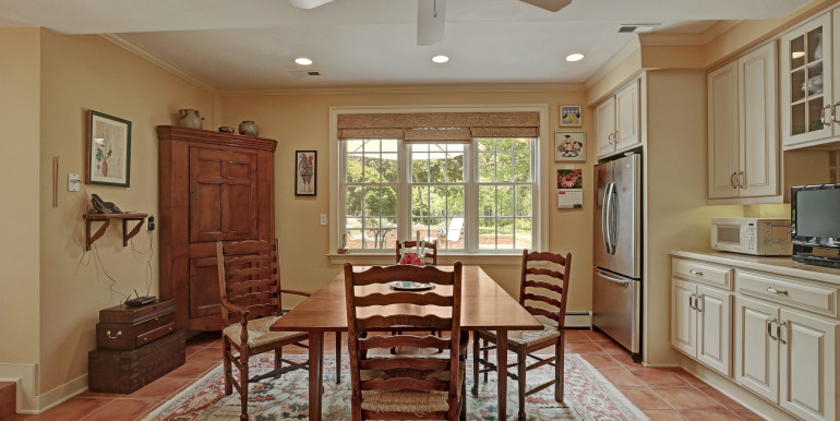5636 Hopewell Rd New Kent VA-print-045-Breakfast Area-4200x2800-300dpi - Copy