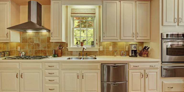5636 Hopewell Rd New Kent VA-print-047-Kitchen-4200x2800-300dpi - Copy